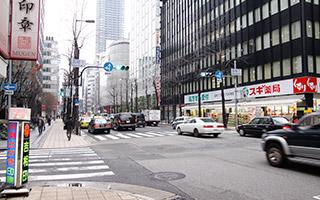堺筋本町駅近くの歯科4